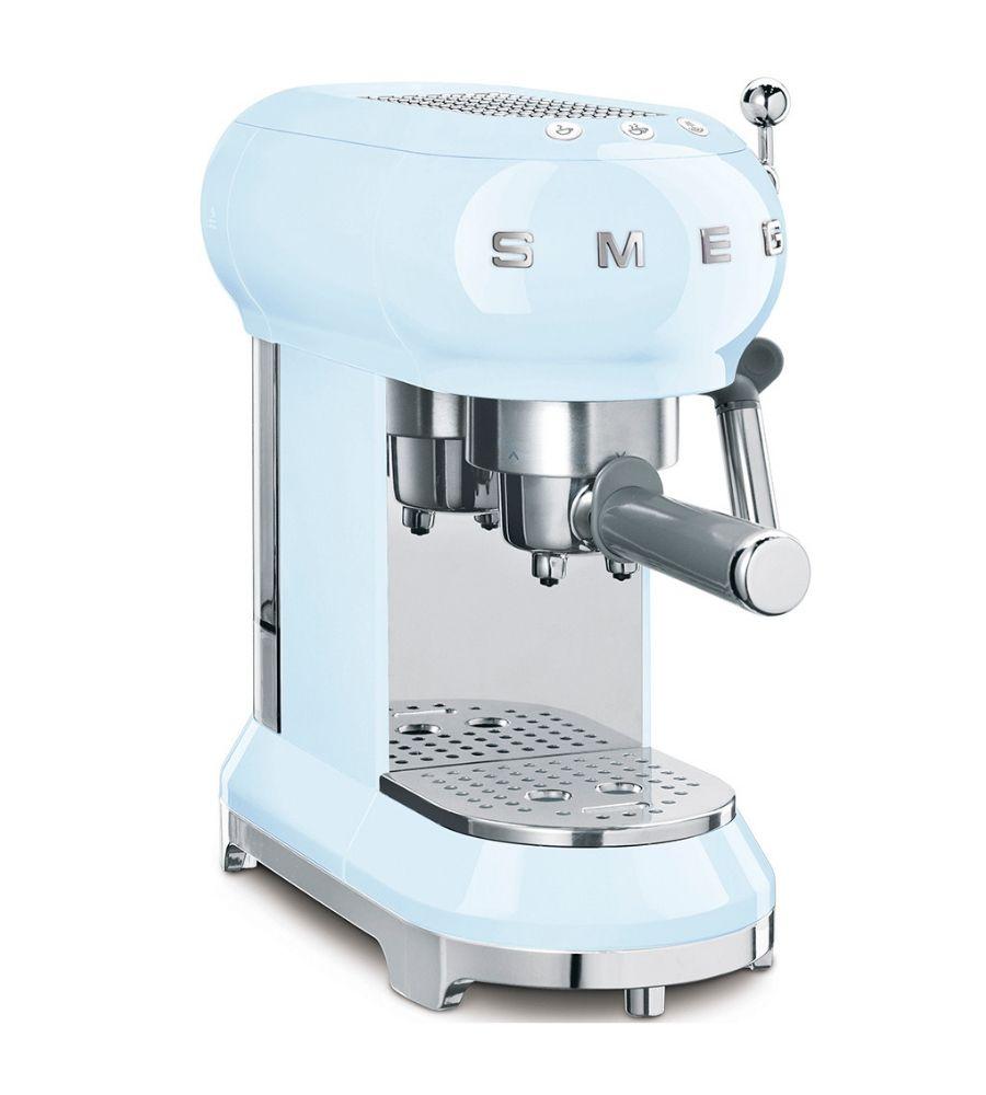 Blue Smeg ECF01 review